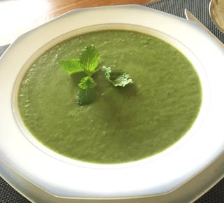 Spinazie-avocado soep